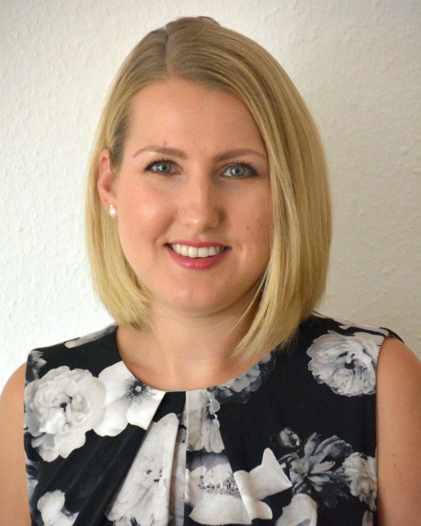 Portrait-Anne Bastek - Dentalhygieniker (DH)